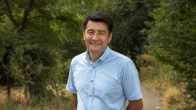 Δικηγόρος ανθρωπίνων δικαιωμάτων από το Κιργιστάν κερδίζει το Βραβείο Προσφύγων Νάνσεν της Ύπατης Αρμοστείας