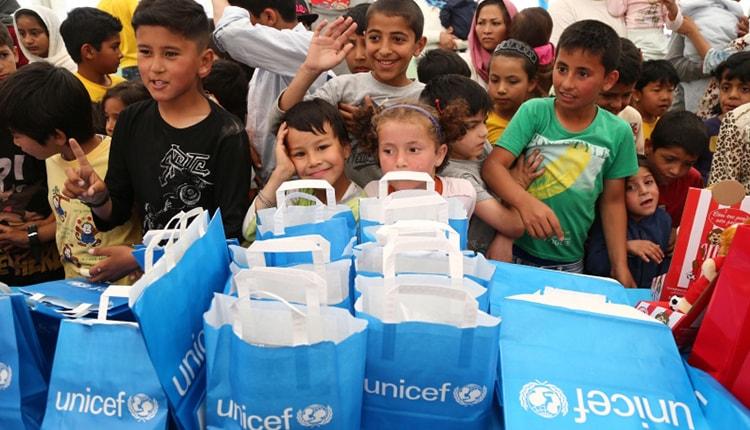 Η Ακρόπολη φωταγωγείται στα χρώματα της UNICEF στις 20 Νοεμβρίου