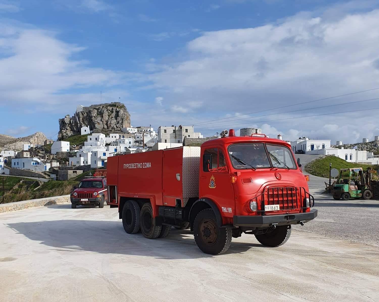 Παραλαβή πυροσβεστικού οχήματος για τον Δήμο Αμοργού