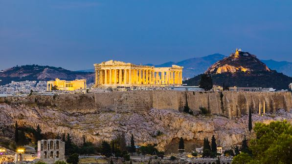 Οι Financial Times αποθεώνουν την Ελλάδα – Ο Μητσοτάκης ενήργησε γρήγορα με σωστές αποφάσεις
