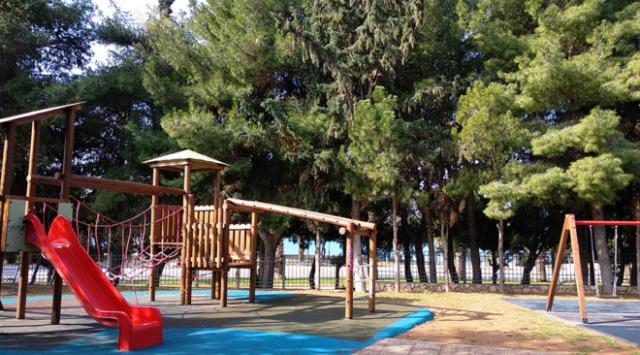 Επαναλειτουργούν από σήμερα όλες οι παιδικές χαρές στο Δήμο Αθηναιων