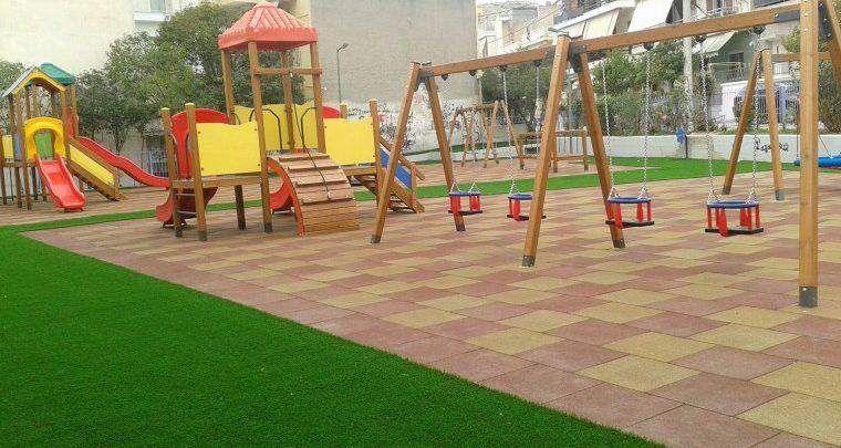 Παιδικές χαρές: 19 πλήρως ανακατασκευασμένες παραδίδονται από το Δ. Αθηναίων